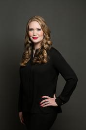 Sarah J. Maas by Beowulf Sheehan
